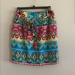 Patterned belted multicolor skirt WITH POCKETS